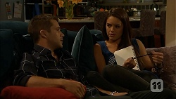 Mark Brennan, Paige Novak in Neighbours Episode 6922