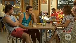Brad Willis, Josh Willis, Susan Kennedy, Terese Willis in Neighbours Episode 6923