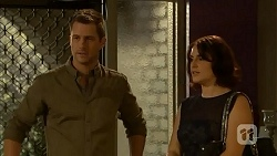 Mark Brennan, Naomi Canning in Neighbours Episode 6923