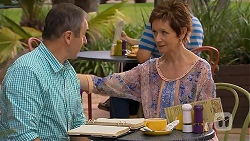 Karl Kennedy, Susan Kennedy in Neighbours Episode 6925