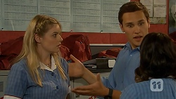 Amber Turner, Josh Willis, Imogen Willis in Neighbours Episode 6926