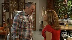 Karl Kennedy, Terese Willis in Neighbours Episode 6926