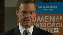 Paul Robinson in Neighbours Episode 6926