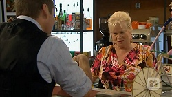Toadie Rebecchi, Sheila Canning in Neighbours Episode 6927