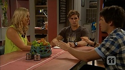 Georgia Brooks, Kyle Canning, Chris Pappas in Neighbours Episode 6927