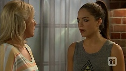 Lauren Turner, Paige Novak in Neighbours Episode 6929