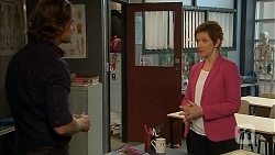 Brad Willis, Susan Kennedy in Neighbours Episode 6929