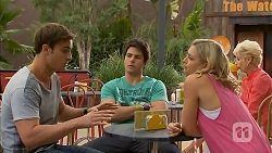 Kyle Canning, Chris Pappas, Georgia Brooks in Neighbours Episode 6931
