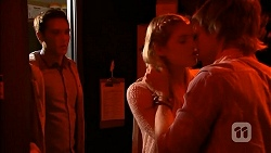 Josh Willis, Amber Turner, Daniel Robinson in Neighbours Episode 6931