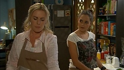 Lauren Turner, Paige Novak in Neighbours Episode 6932