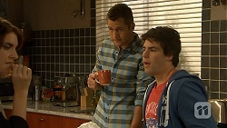 Naomi Canning, Mark Brennan, Chris Pappas in Neighbours Episode 6933