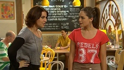 Naomi Canning, Paige Novak in Neighbours Episode 6933
