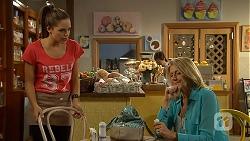Paige Novak, Kathy Carpenter in Neighbours Episode 6933