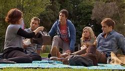 Naomi Canning, Mark Brennan, Chris Pappas, Georgia Brooks, Bossy, Kyle Canning in Neighbours Episode 6933