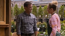 Paul Robinson, Sonya Mitchell in Neighbours Episode 6934