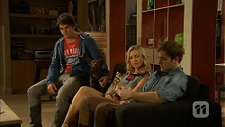 Chris Pappas, Georgia Brooks, Kyle Canning in Neighbours Episode 6934