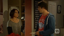 Naomi Canning, Chris Pappas in Neighbours Episode 6934