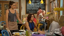 Paige Novak, Naomi Canning, Kathy Carpenter in Neighbours Episode 6936