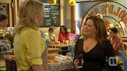 Lauren Turner, Terese Willis in Neighbours Episode 6936