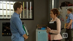 Josh Willis, Susan Kennedy in Neighbours Episode 6937