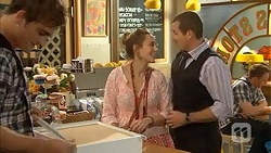 Kyle Canning, Sonya Mitchell, Toadie Rebecchi in Neighbours Episode 6938
