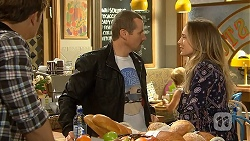 Kyle Canning, Toadie Rebecchi, Sonya Mitchell in Neighbours Episode 6938