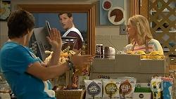 Chris Pappas, Matt Turner, Lauren Turner in Neighbours Episode 6940
