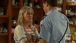 Lauren Turner, Matt Turner in Neighbours Episode 6940