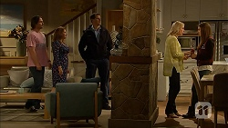 Brad Willis, Terese Willis, Matt Turner, Amber Turner, Paige Novak in Neighbours Episode 6943
