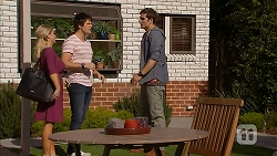 Lucy Robinson, Chris Pappas, Kyle Canning in Neighbours Episode 6945