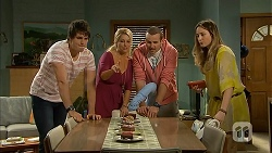 Chris Pappas, Lucy Robinson, Toadie Rebecchi, Sonya Rebecchi in Neighbours Episode 6945
