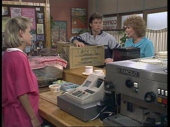 Daphne Clarke, Mike Young, Madge Bishop in Neighbours Episode 0449