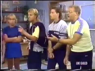 Jane Harris, Scott Robinson, Mike Young, Harold Bishop in Neighbours Episode 0450