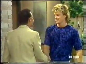 Steve, Henry Ramsay in Neighbours Episode 0450