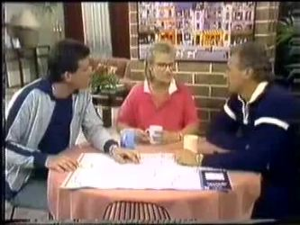 Des Clarke, Daphne Clarke, Jim Robinson in Neighbours Episode 0450