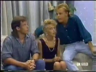 Mike Young, Charlene Mitchell, Scott Robinson in Neighbours Episode 0450