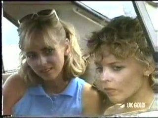 Jane Harris, Charlene Mitchell in Neighbours Episode 0452