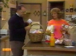 Harold Bishop, Madge Bishop in Neighbours Episode 0776