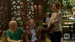 Aimee Wu, Karl Kennedy, Susan Kennedy in Neighbours Episode 6946