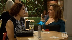 Naomi Canning, Terese Willis in Neighbours Episode 6947