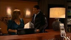 Terese Willis, Matt Turner in Neighbours Episode 6947