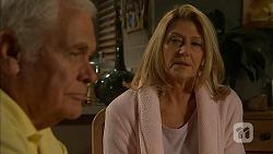 Lou Carpenter, Kathy Carpenter in Neighbours Episode 6948