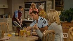 Bailey Turner, Lauren Turner, Matt Turner, Lou Carpenter, Kathy Carpenter in Neighbours Episode 6948