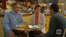 Karl Kennedy, Susan Kennedy, Nate Kinski in Neighbours Episode 6951