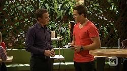 Paul Robinson, Josh Willis in Neighbours Episode 6952