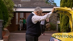 Taxi Driver, Paige Novak in Neighbours Episode 6953