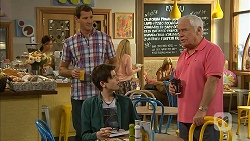 Matt Turner, Bailey Turner, Lou Carpenter in Neighbours Episode 6954