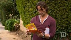 Brad Willis in Neighbours Episode 6955
