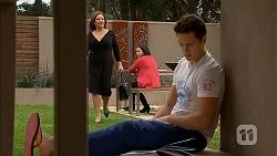 Terese Willis, Imogen Willis, Josh Willis in Neighbours Episode 6955