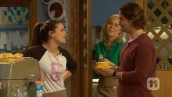 Paige Novak, Lauren Turner, Brad Willis in Neighbours Episode 6955